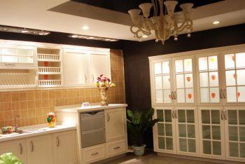 厨房白色橱柜欧式风格装修图片