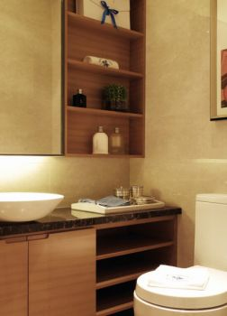 卫生间简约风格装修效果图