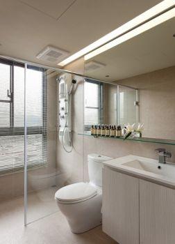 卫生间现代简约风格装饰设计图片