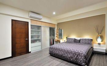 卧室白色衣柜现代简约风格装饰设计图片