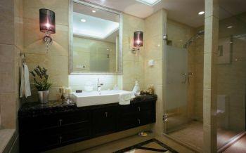 卫生间古典风格装饰图片