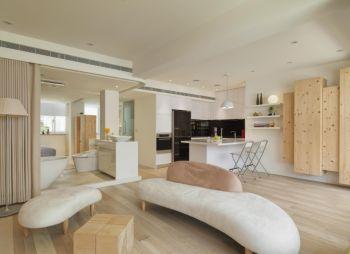 简约风格木质三室两厅设计案例图
