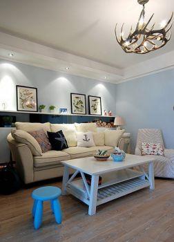 国外70平简单小户型家居装修效果图