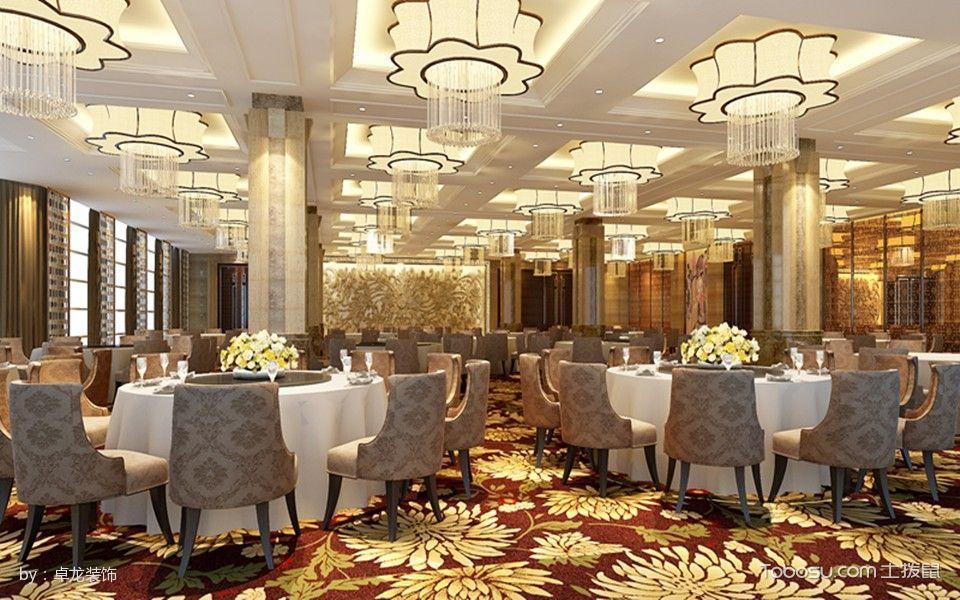 2017延长大酒店宴会厅白色餐桌装修图片