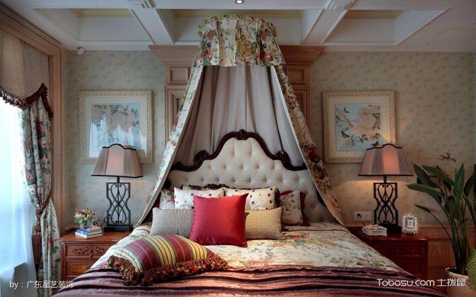 卧室彩色床田园风格装修效果图