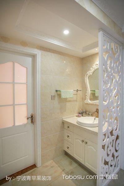 卫生间白色隔断简欧风格装潢效果图