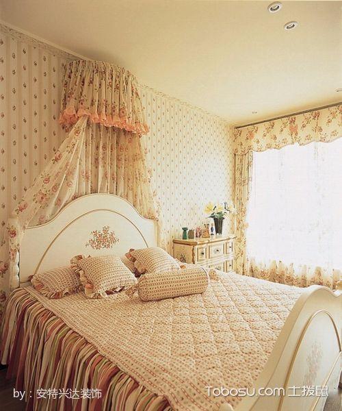 卧室白色床田园风格装潢设计图片