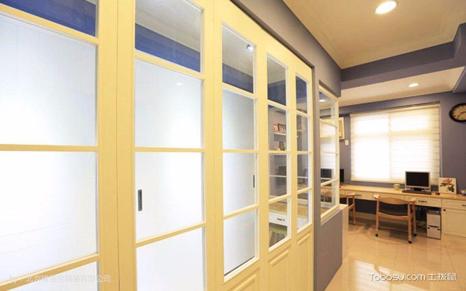 客厅黄色走廊美式风格装潢效果图