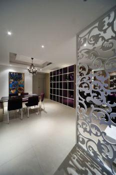 客厅白色隔断现代简约风格装潢图片