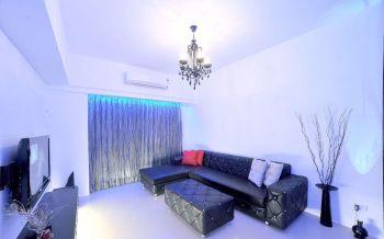 客厅白色吊顶简单风格装潢设计图片