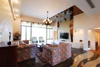 树屋混搭三居室大户型装修案例