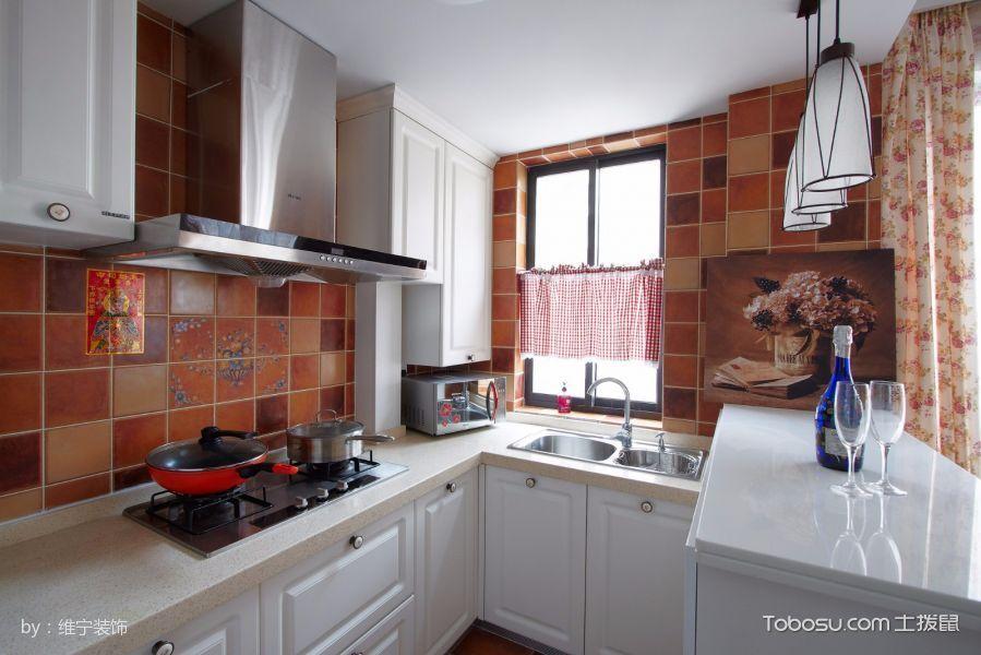 厨房白色橱柜田园风格装潢图片