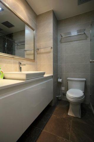 卫生间现代简约风格装饰效果图
