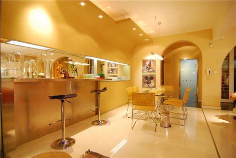御湖国际120平三室二厅现代混搭装修案例