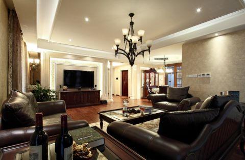 本案是一套比较典型的美式设计案例,选用了美式家具,结合现代都市的生活习惯,把生活和艺术充分结合。