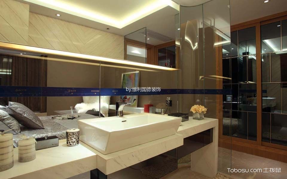卫生间黄色隔断欧式风格装潢设计图片
