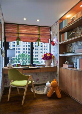 书房简单风格装饰设计图片