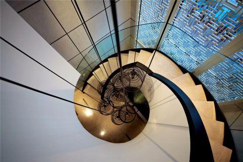 客厅楼梯中式风格装潢图片