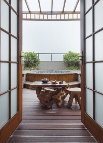 清新客厅阳台装修