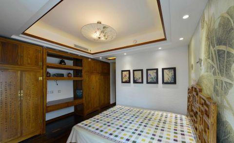 典雅黃色雙人床裝潢圖