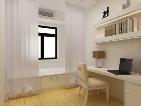 生活了8年的老房子,重新装修,不考虑多奢华。主要考虑充分利用所有的空间,通过空间布置把一个两居室变成三居室,同时给男主人留出了独立的学习空间。因为整体空间不大,所以整屋以白色为主。
