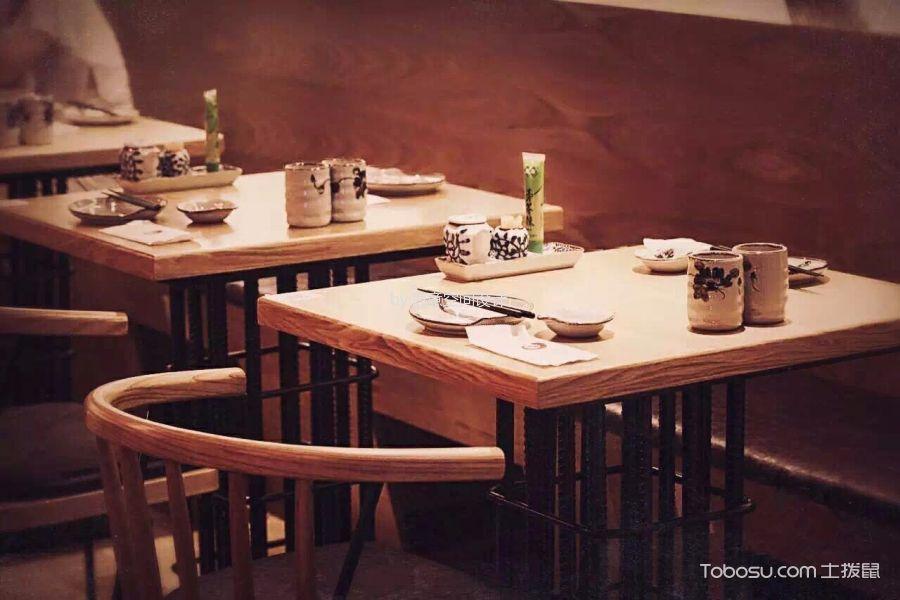 天工艺苑二楼餐馆餐桌装潢实景图片