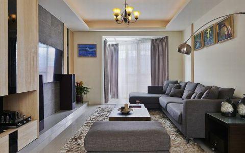 设计师微调格局,重新让日光与新鲜空气,倘佯整个空间中,并居住者使用习惯,重新规划房间格局,让每个成员都享有独立又舒适的生活格局。