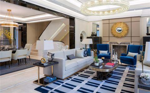 结合港式风格元素,温馨感设计,结合线条元素和前卫家具,令整个家居极富新贵气质。