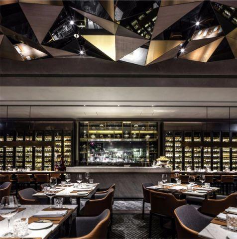 现代高级餐厅装修效果图