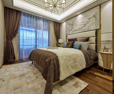 """现代简约风格设计定位:家是心灵的港湾。随着人们在旅游中感受到简约的魅力,""""简约但并不简单的装饰风格""""。当疲惫的身心对家的依恋越发强烈,人们想要的是轻松、自由的环境,""""现代简约风格""""自然就成为家居设计的一种风尚。注重大小色块间的组合,地域性的后期配饰融入设计风格之中。 简约,不简单走进现代简约风格家居。现代人面临着城市的喧嚣和污染,激烈的竞争压力,还有忙碌的工作和紧张的生活。因而,更加向往清新自然、随意的居室环境。越来越多的都市人开始摒弃繁缛豪华的装修,力求拥有一种自然简约的居室空间。 此居室整体采用中性色调,稳重,大气,却又不失品位,有令人眼前一亮的感觉。最重要的是强调功能性设计,线条简约流畅,色彩对比强烈,这是现代风格家具的特点。此外,大量使用茶镜、木饰面等材料作为辅材,也是现代风格家居风格的主要装修材料,能给人带来现代、时尚,大气的感觉"""