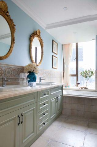 卫生间窗台法式风格装潢图片