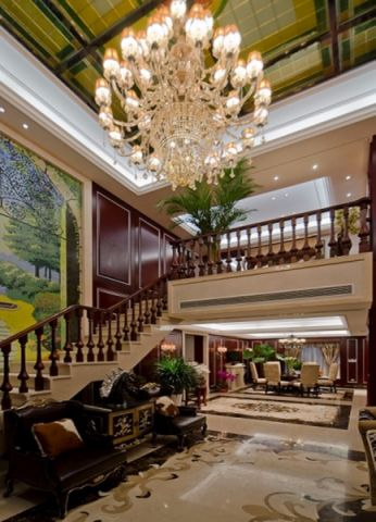 客厅吊顶古典风格装修效果图