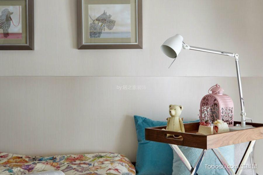 卧室白色照片墙简约风格装饰效果图