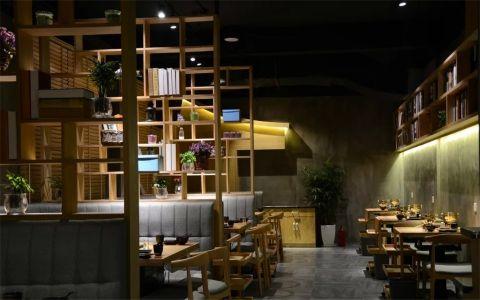 古典风格养生火锅店工装装修效果图