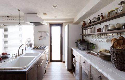 厨房吊顶北欧风格装修设计图片