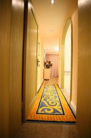玄关走廊地中海风格装潢效果图