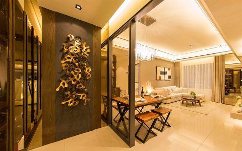 现代风格中带点奢华感的实品屋设计,恰好符合屋主心目中的理想居家,为迎合大多数民众的风格喜好,室内主要以现代风为题,利用简约利落的线条,搭配柔和的色彩与灯光,围塑温暖宜人的居家氛围,局部利用镜面、水晶灯具、古铜材质装饰,妆点些许奢华的古典韵味,提升整体空间的质感与精致度。三间卧室也利用不同质材描绘出各自的精采,例如主卧室的床头墙以木皮、洞石、绷布做混搭,堆栈丰富的视觉层次,展现出空间气势;女儿房则以柔和色调为主,床头墙藉由绷布质材,轻轻带出新古典的优雅气质;儿子房希望能跳脱出风格特色,特别选用木百叶帘做装饰,注入一抹自然安定的休憩氛围。