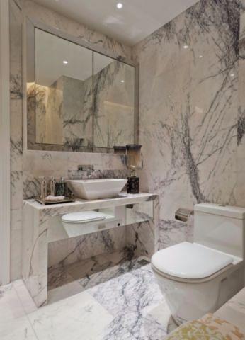 小巧玲珑白色卫生间装修方案