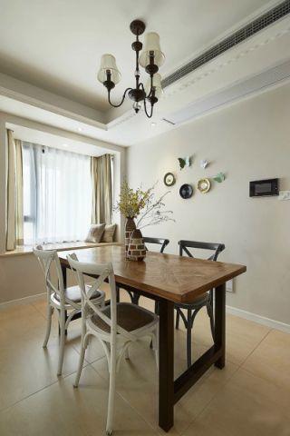 餐厅白色吊顶美式风格装潢设计图片