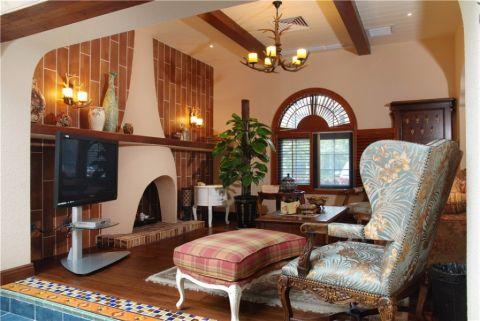 富丽客厅装修案例