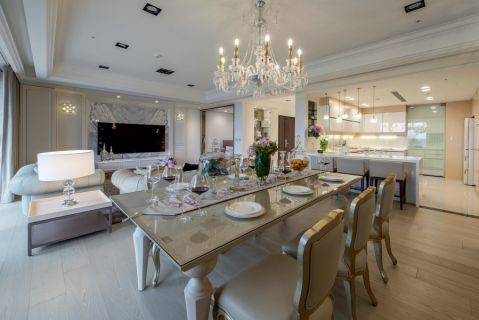 美观大方白色客厅装潢实景图片