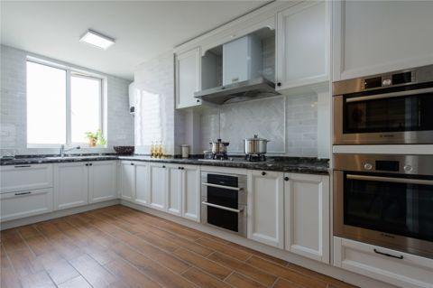 摩登厨房案例图片