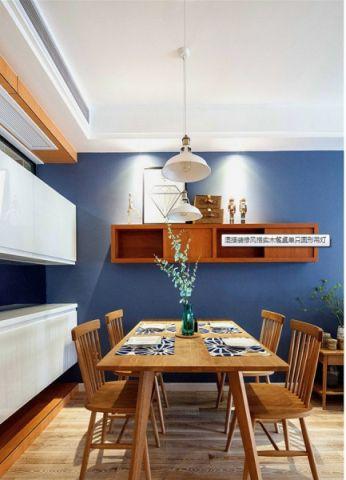 朴素温馨餐厅吊灯灯具装潢实景图