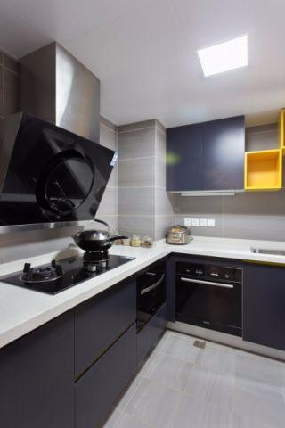 厨房背景墙北欧风格装修图片