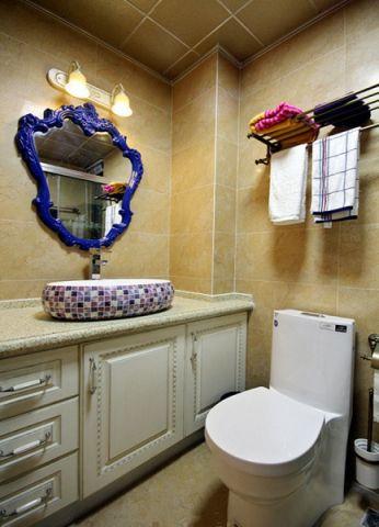 卫生间背景墙混搭风格装潢设计图片