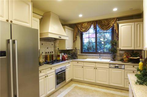 厨房咖啡色窗帘美式风格装修设计图片