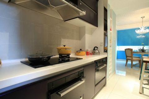 正荣华府白色120平米美式风格三室一厅装修效果图