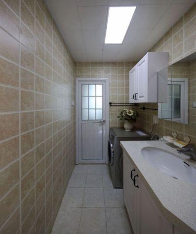 卫生间吊顶北欧风格装饰图片