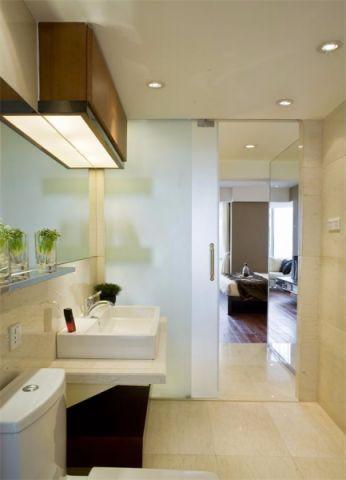 卫生间现代简约风格装修效果图