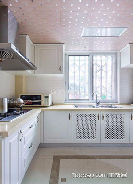 厨房白色橱柜田园风格装潢设计图片
